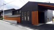 玄関周りの彩木ルーバースクリーン施工事例(その02)