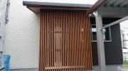 玄関周りの彩木ルーバースクリーン施工事例(その01)
