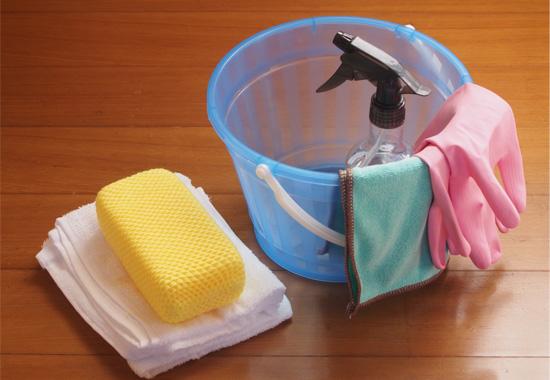 【材質別】ウッドデッキのお掃除方法